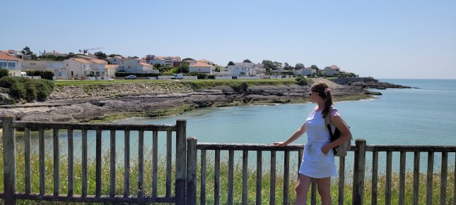 Intern from Poland taking a trip to the coast in south-west France