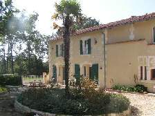 gite holiday accommodation charente image