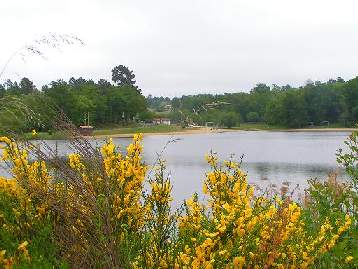 lake brossac beach image