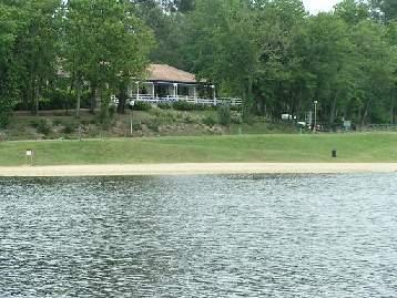 brossac lake side