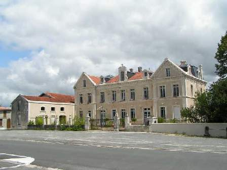 Chateaux Brossac Charente image